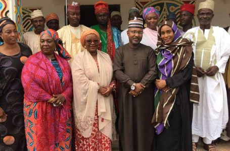 Traditional ruler counsels Nigerian politicians on democracy