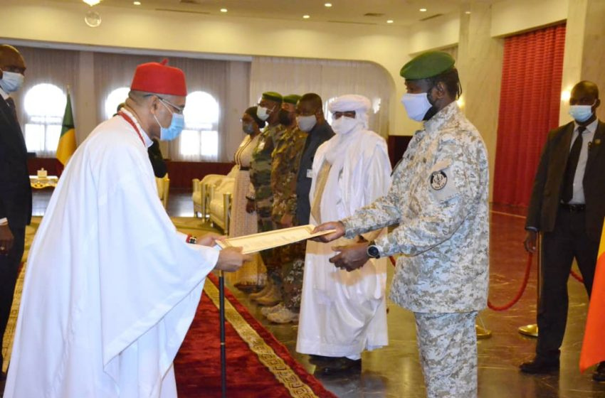 Ambassador Nwachukwu presents Letters of Credence to Mali's Transitional President, Goita